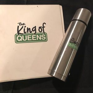 King of Queens TV show crew gifts 3 ring binder +